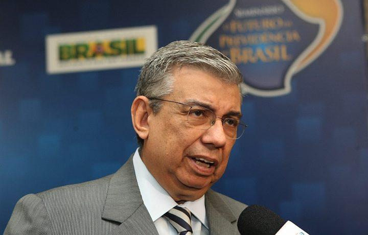 Ministro da Previdência Social, Garibaldi Alves